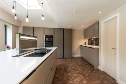 Hob, Sinks and ovens.:  Built-in kitchens by John Gauld Photography
