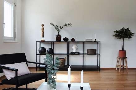Wohnzimmer: skandinavische Wohnzimmer von Home Staging Nordisch