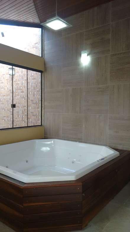 Bồn tắm hơi by Richard Lima Arquitetura