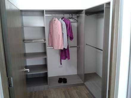 minimalistic Dressing room by URBANZA
