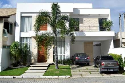 سنگل فیملی گھر by Ronaldo Linhares Arquitetura e Arte