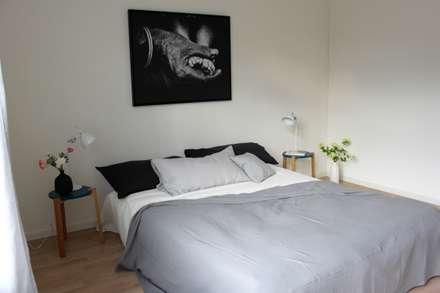 Schlafzimmer In Schwarz Und Weiss: Skandinavische Schlafzimmer Von Home  Staging Nordisch