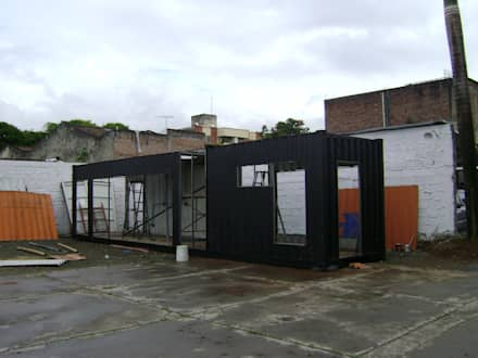 Pintura de acabado: Casas prefabricadas de estilo  por Home Box Arquitectura