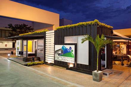 Resultado final: Casas prefabricadas de estilo  por Home Box Arquitectura