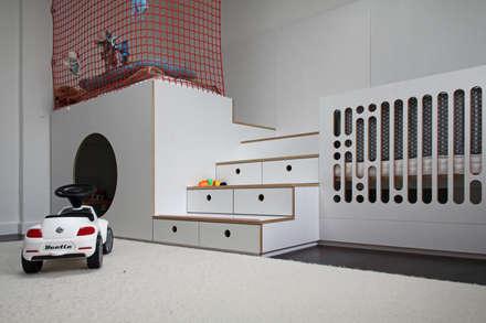 Haus am Grund:  Kinderzimmer Junge von dieMeisterTischler