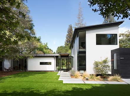 Creekside Residence: modern Houses by Feldman Architecture