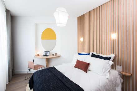 Appartement Badia Tikki: Chambre de style de style Moderne par Agence hivoa