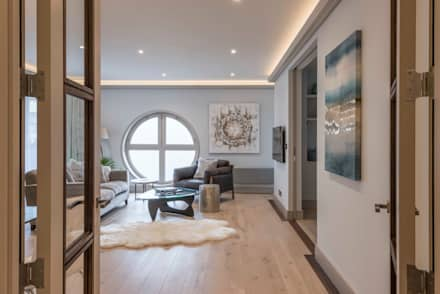 Living Room: Modern Living Room By Prestige Architects By Marco Braghiroli