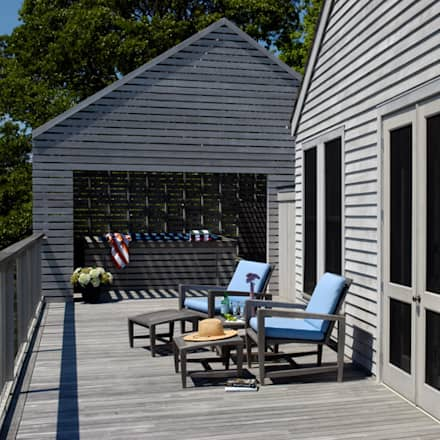 Town Lane Residence, Amagansett, NY:  Patios & Decks by BILLINKOFF ARCHITECTURE PLLC