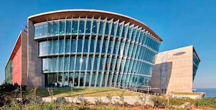 Ridgeview and Illovo Head Office:  Office buildings by Elphick Proome Architects