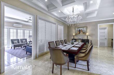 American Classic home:  Ruang Makan by Kamala Interior