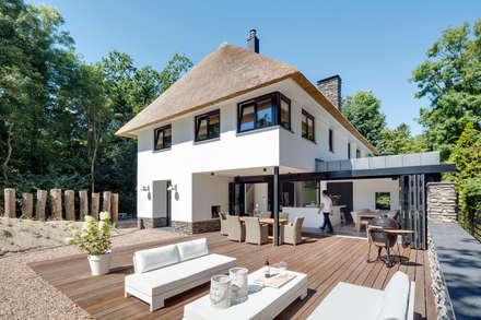 modern Houses by BNLA architecten