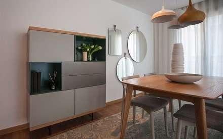 GOYA RESIDENCE: Salas de jantar modernas por Tralhão Design Center