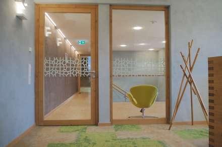 Geschäftsräume:  Geschäftsräume & Stores von Innenarchitekturbüro Antje Bertuleit