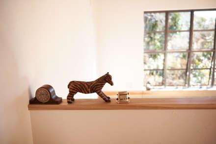 琵琶湖の家: URBAN GEARが手掛けたキッチンです。