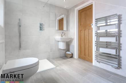 STUNNING NORTH LONDON HOME EXTENSION AND LOFT CONVERSION: Modern Bathroom  By The Market Design U0026