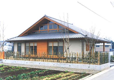 ■松崎邸( 茨城県明野町 ・住まいの振興賞受賞・和風建築): 結設計事務所が手掛けた家です。