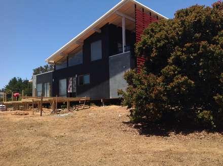 Passive house by Arquitectura Amanda Perez Feliú