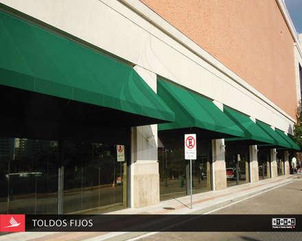 Centros comerciales de estilo  por PERSIANAS GABÍN