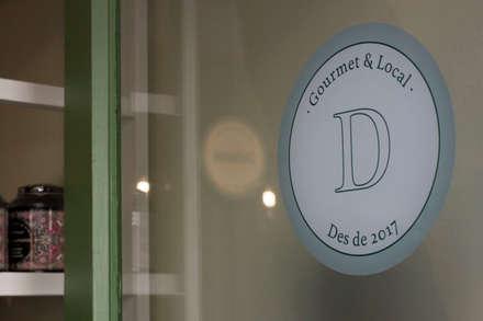 Reflejos: Oficinas y Tiendas de estilo  de ALBERT SALVIA dissenyador d'interiors