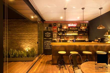 industrial Kitchen by Cornetta Arquitetura