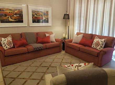 Red.....the colour of Love: modern Living room by Sophistique Interiors