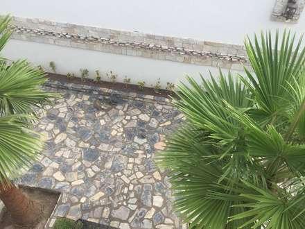 حديقة تنفيذ POLIGONO 93 ARQUITECTOS SA DE CV