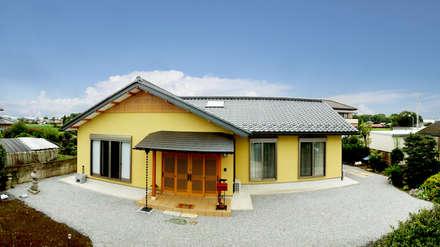 moderne Häuser von マルモコハウス