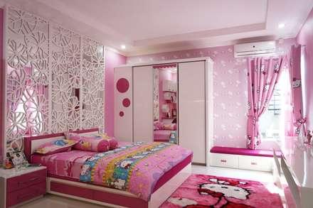 Kids Bedroom - Semarang:  Kamar Bayi & Anak by Multiline Design