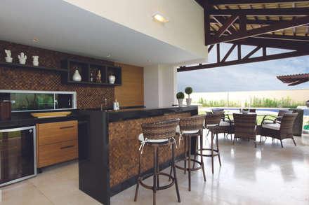 modern Wine cellar by Danielle Valente Arquitetura e Interiores