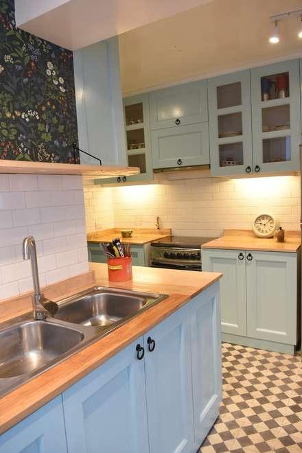 Kitchen units by ARCOP Arquitectura & Construcción