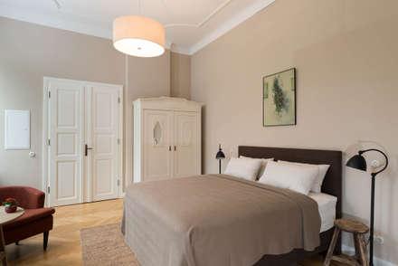 Schlafzimmer: rustikale Schlafzimmer von raumdeuter GbR