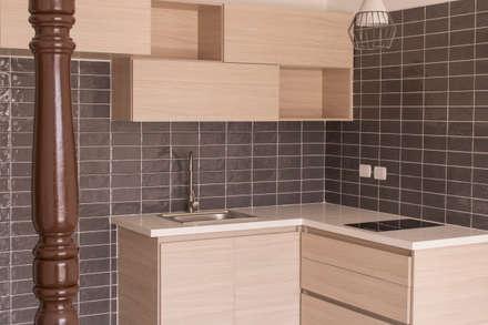 Apartamento 3: Cocinas de estilo ecléctico por santiago dussan architecture & Interior design