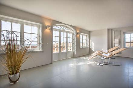 Banhos turcos  por Home Staging Sylt GmbH