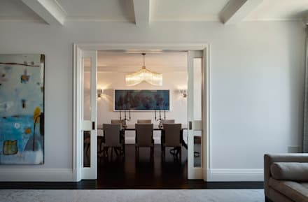 Fifth Avenue Apartment: modern Dining room by andretchelistcheffarchitects