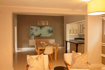 House Varyani: Modern Dining Room By Redesign Interiors Part 56