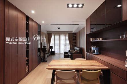 Nhà bếp by 顥岩空間設計