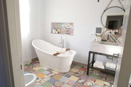 Villa 130mq stile Industrial - Shabby: Bagno in stile in stile Industriale di T_C_Interior_Design___