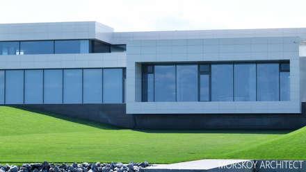 Жилой дом 780 м²: Дома с террасами в . Автор – Morskoy Architect