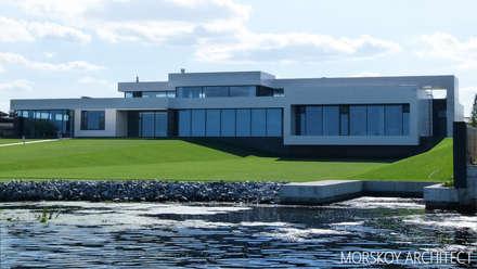 Жилой дом 780 м²: Вилла в . Автор – Morskoy Architect
