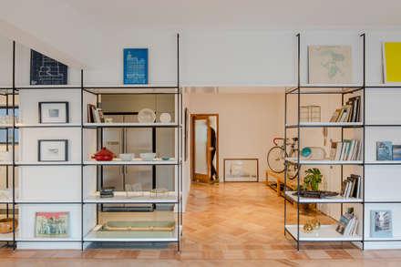 MN: Estudios y biblioteca de estilo  por Iragüen Viñuela Arquitectos