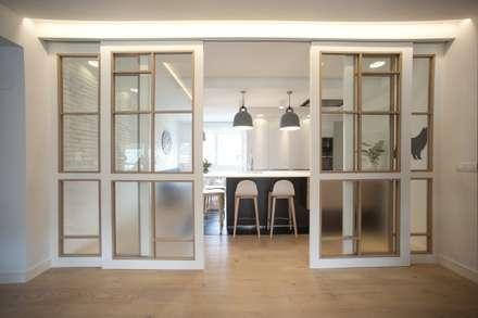 ห้องครัว by Sube Susaeta Interiorismo