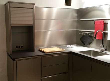 Ausstellungsküche 2: Einbauküche Von Küchendesign Wichard