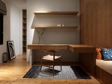 asian Bedroom by 夏沐森山設計整合