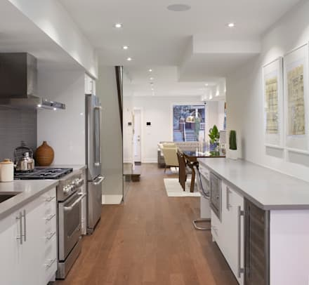 Montrose Ave Project: minimalistic Kitchen by Contempo Studio