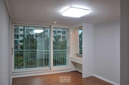 화곡 푸르지오 49평 빈티지 클래식 하우스: 디자인고은의  방