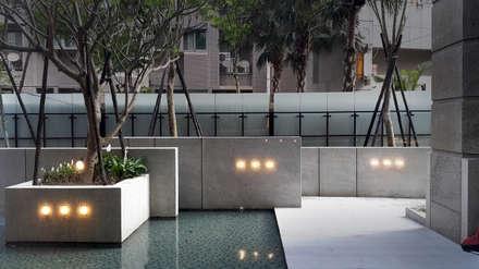 新北-合新大河公園:  庭院池塘 by 研舍設計股份有限公司