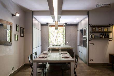 Casa Via Publicola, Studio Q Arch. Bartolomeo Quintiliani: Cucina in stile in stile Moderno di Giacomo Foti Photographer