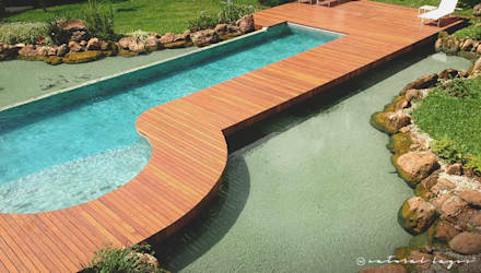 modern Pool by Natural Lagos