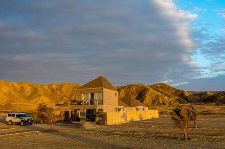 Casas ecológicas de estilo  de Lores STUDIO. arquitectos
